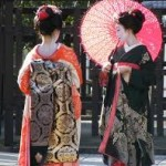 〈京都〉風情のある京都 街にいる舞妓さんが進化していた